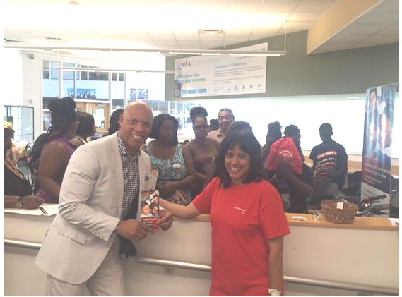 Philadelphia School District Superintendent Dr. William Hite with Comcast Senior Director of Government Affairs Sharon Powell at the District's E! Day Celebration.